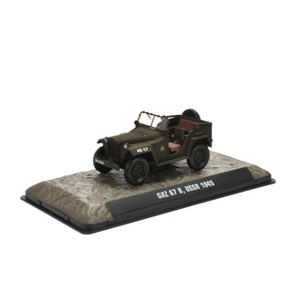 Gaz 67 B UDSSR 1945 1:43 Fertigmodell aus Metall in Displayvitrine